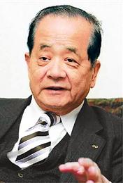 青山商事会長 青山五郎氏